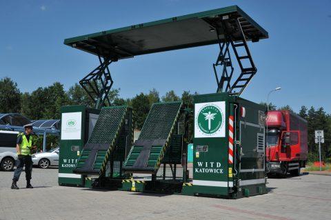 Mobilna stacja diagnostyczna CERTUS od pół roku wspiera inspektorów ITD